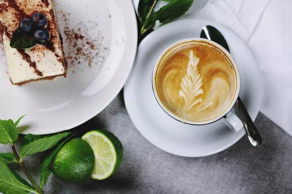 usluga_vilka_600_400_coffe